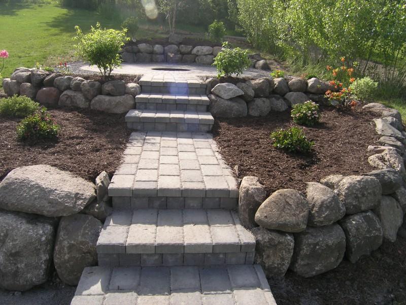 Kameny na zahradě